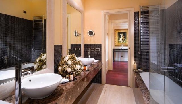 GHP-JS-bathroom