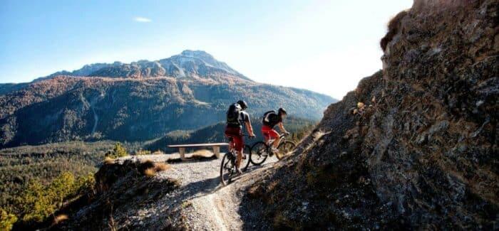 Oplev Zugspitz fra fugleperspektiv eller mountainbike