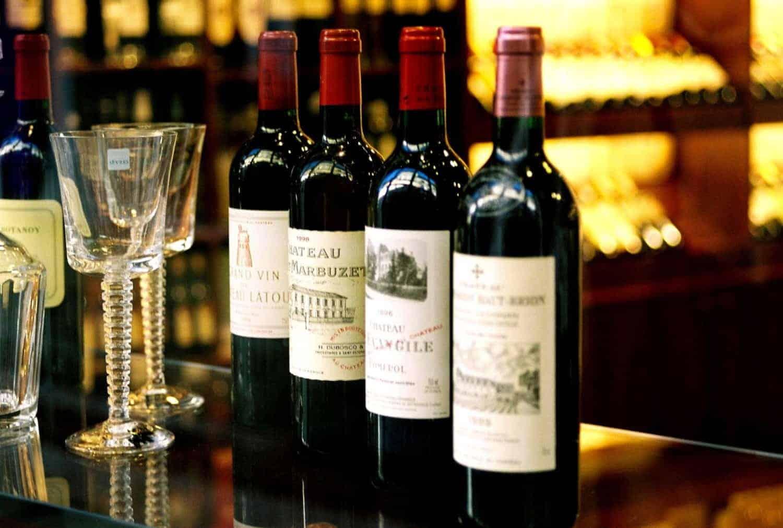 Fransk vin. De store vindistrikter kalder på en vinrejse