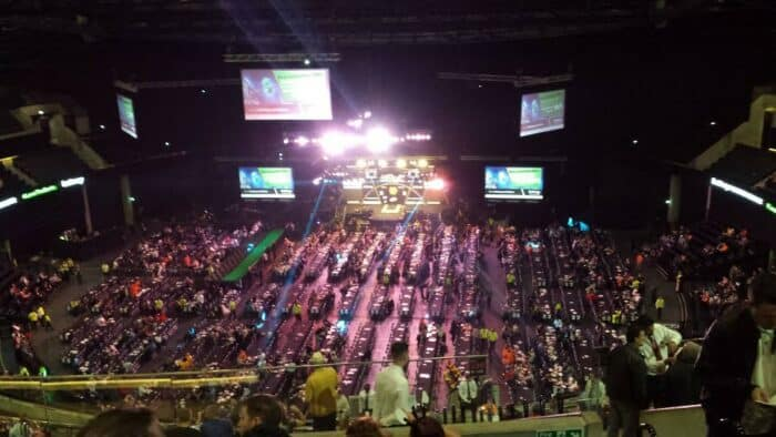 Glasgow, dart for 13000 tilskuere. This is huge!