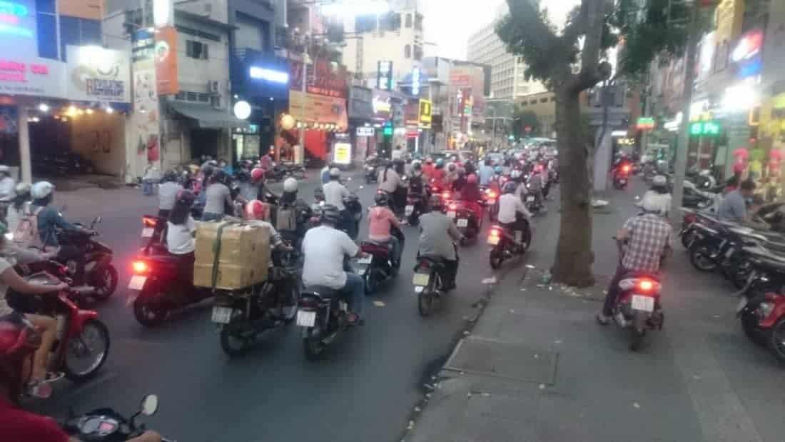 Kærlighed i dag og krigsminder i Ho Chi Minh City, Vietnam