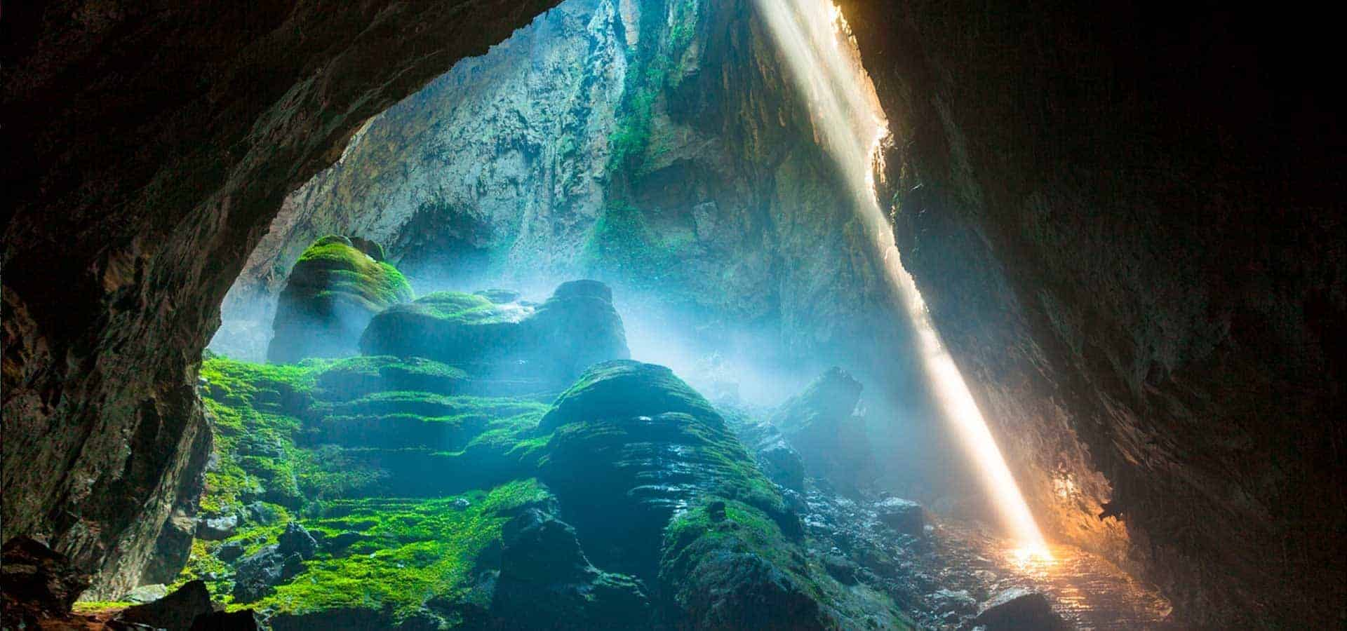 Verdens største grotte. Son Doong grotten. Vietnam