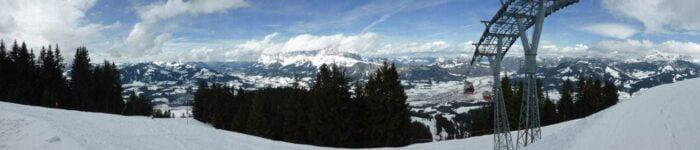 Skiområdet under den nye hovedlift i St. Johann