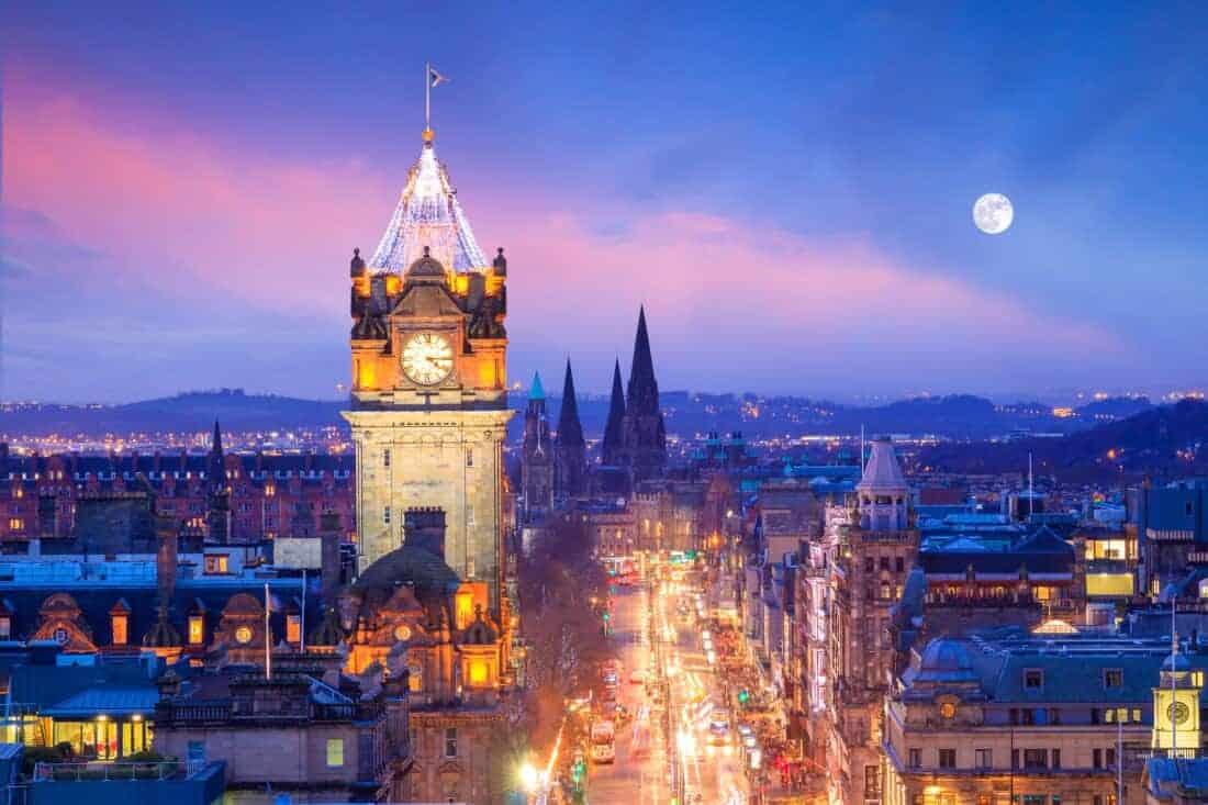 Edinburgh and Edinburgh castle. Iconic, culture