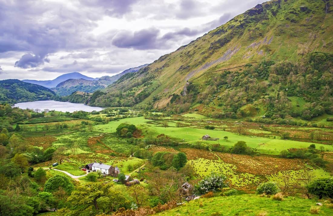 View to lake and houses in Snowdonia National Park