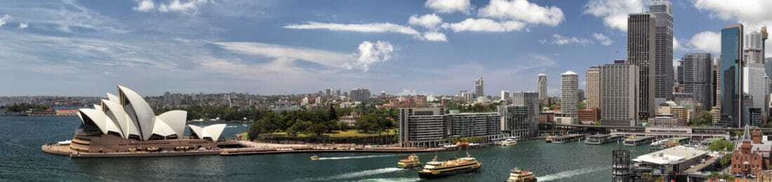 Panorama of Sydney Cove and the Harbour of Sydney, Australien, view on the Skyline of Sydney and the Sydney Opera House. Seen from the Sydney Harbour Bridge.