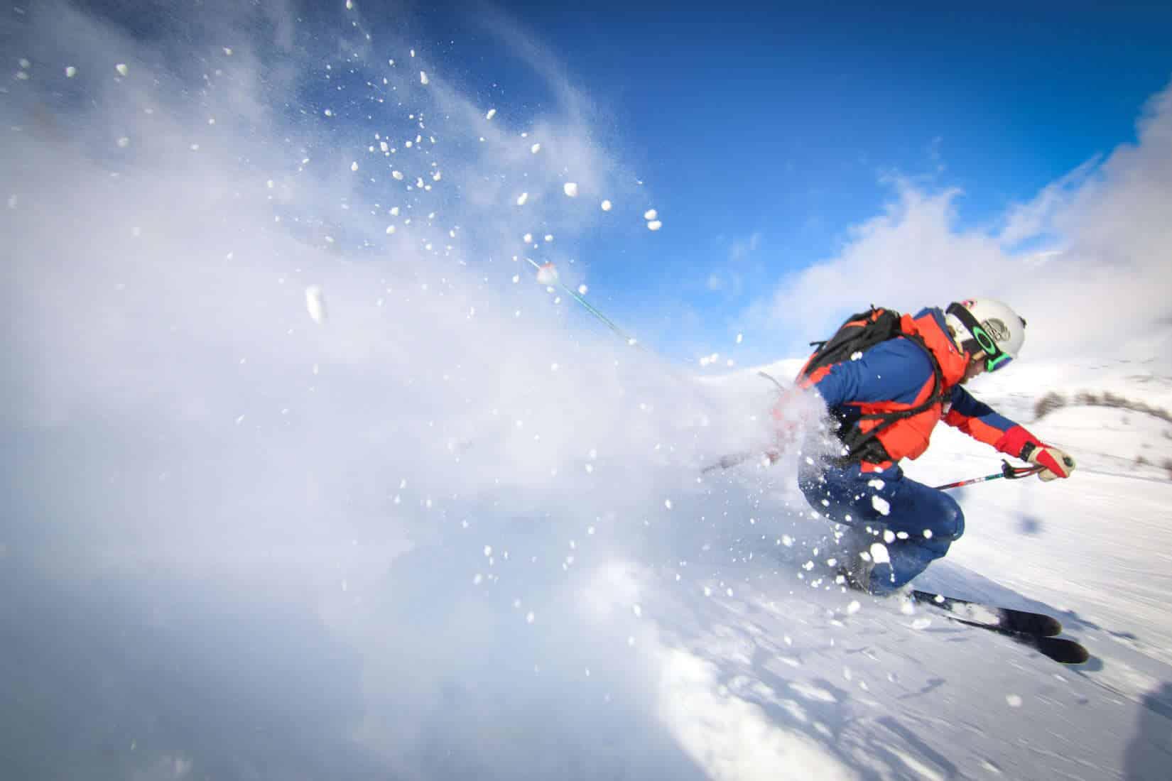 Skirejseforsikring. off-piste skiing