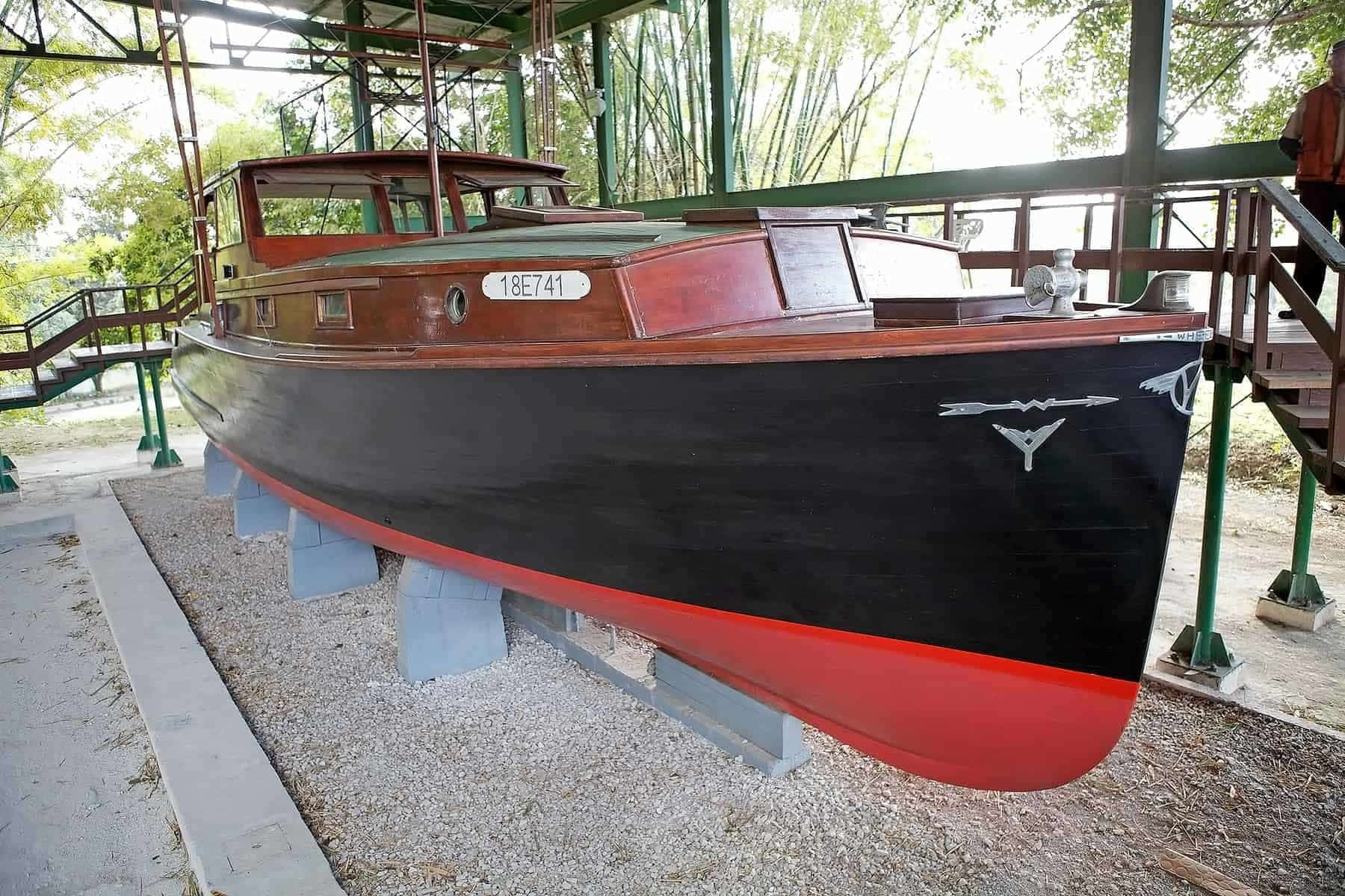 Cuba-Finca-Vingia-Hemingway´s-boat