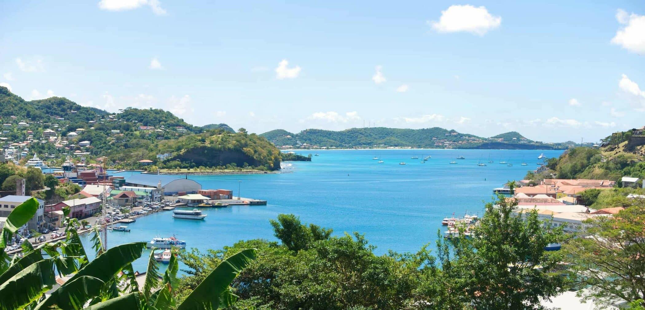 Caribiens mange øer - Grenada island - Saint George`s - Inner harbor and Devils bay - West indies