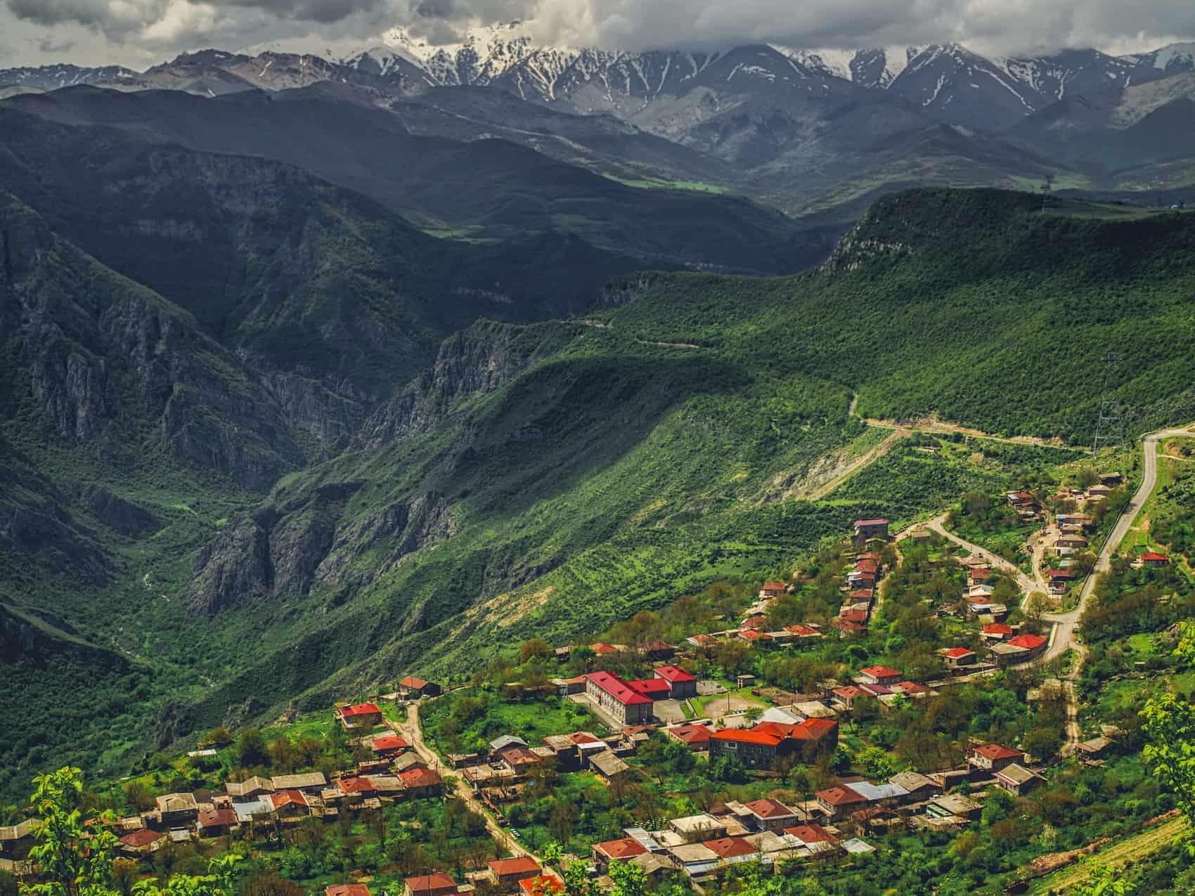 Armenien dramatsik bjerglandskab