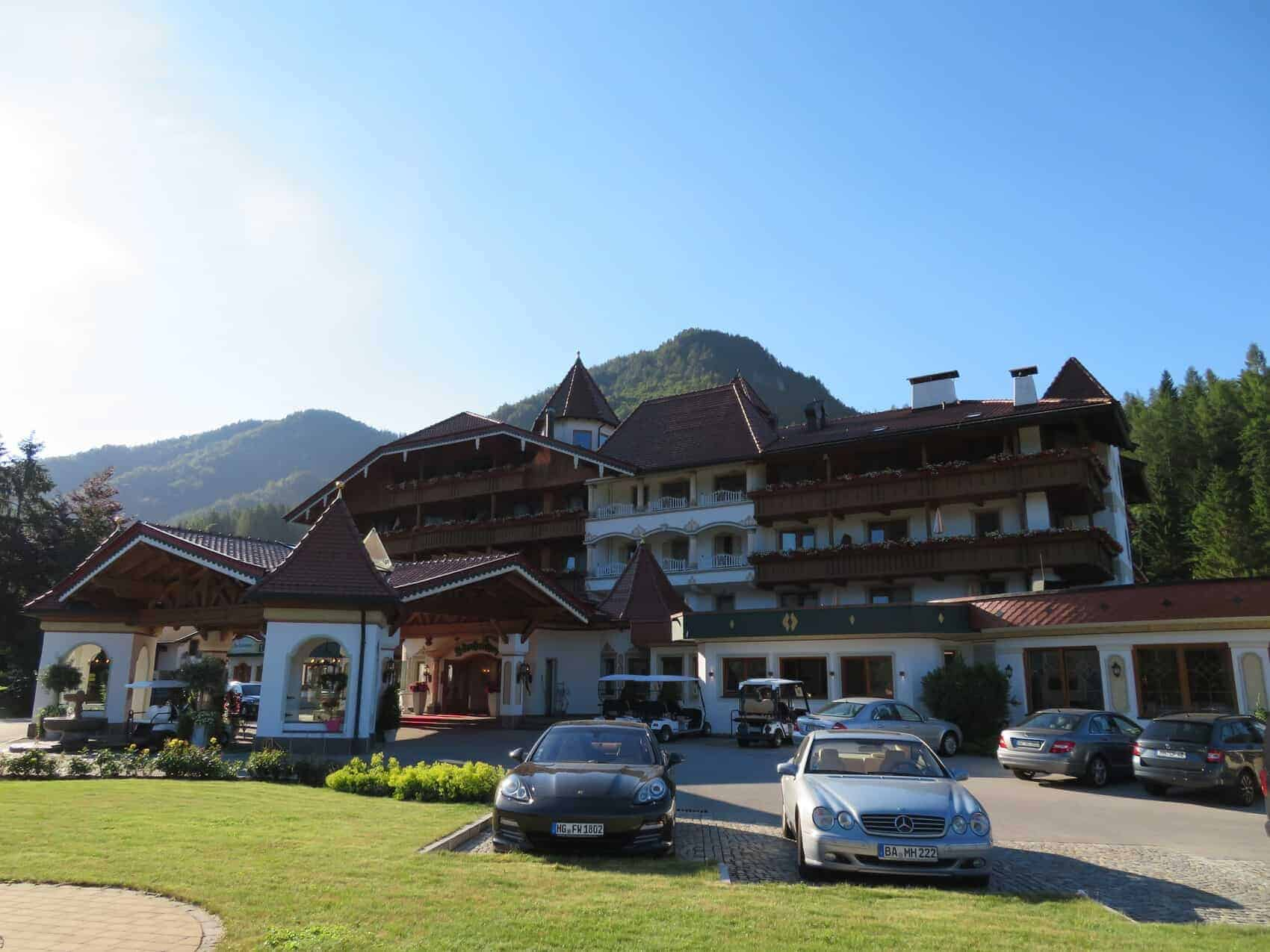 Laerchenhof front entrance