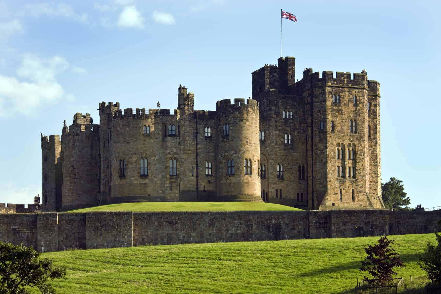 Alnwick Castle in the town of Alnwick in Northumberland in North East England. Dates from 1096AD when Yves de Vescy became Baron of Alnwick and erected the earliest parts of the castle. Since 1309 the castle has been in the hands of the Percy Family who are the Dukes and Earls of Northumberland.