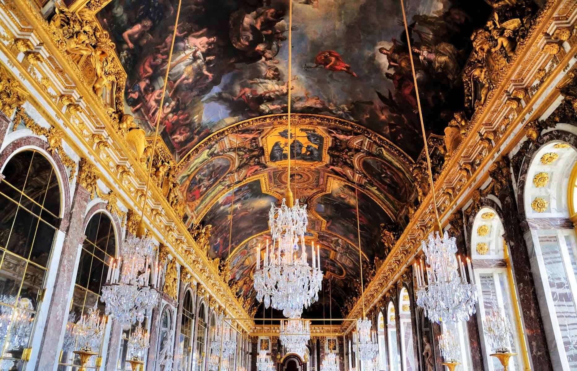 Versailles den berømte spejlsal