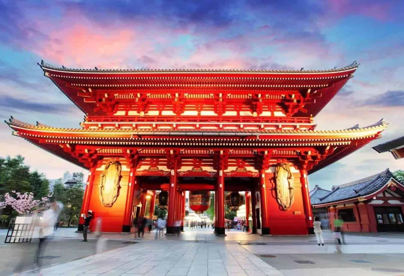 Tokyo-Japan-Asakusa-Temple-at-sunset