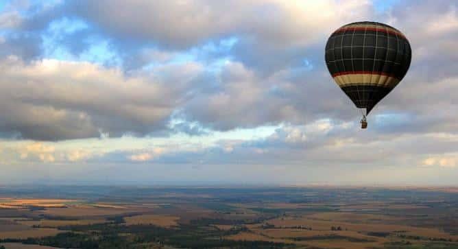 Israel Rize, Hot air balloon