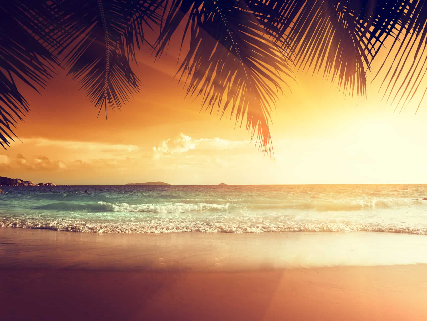 Grenada sunset on the beach of caribbean sea