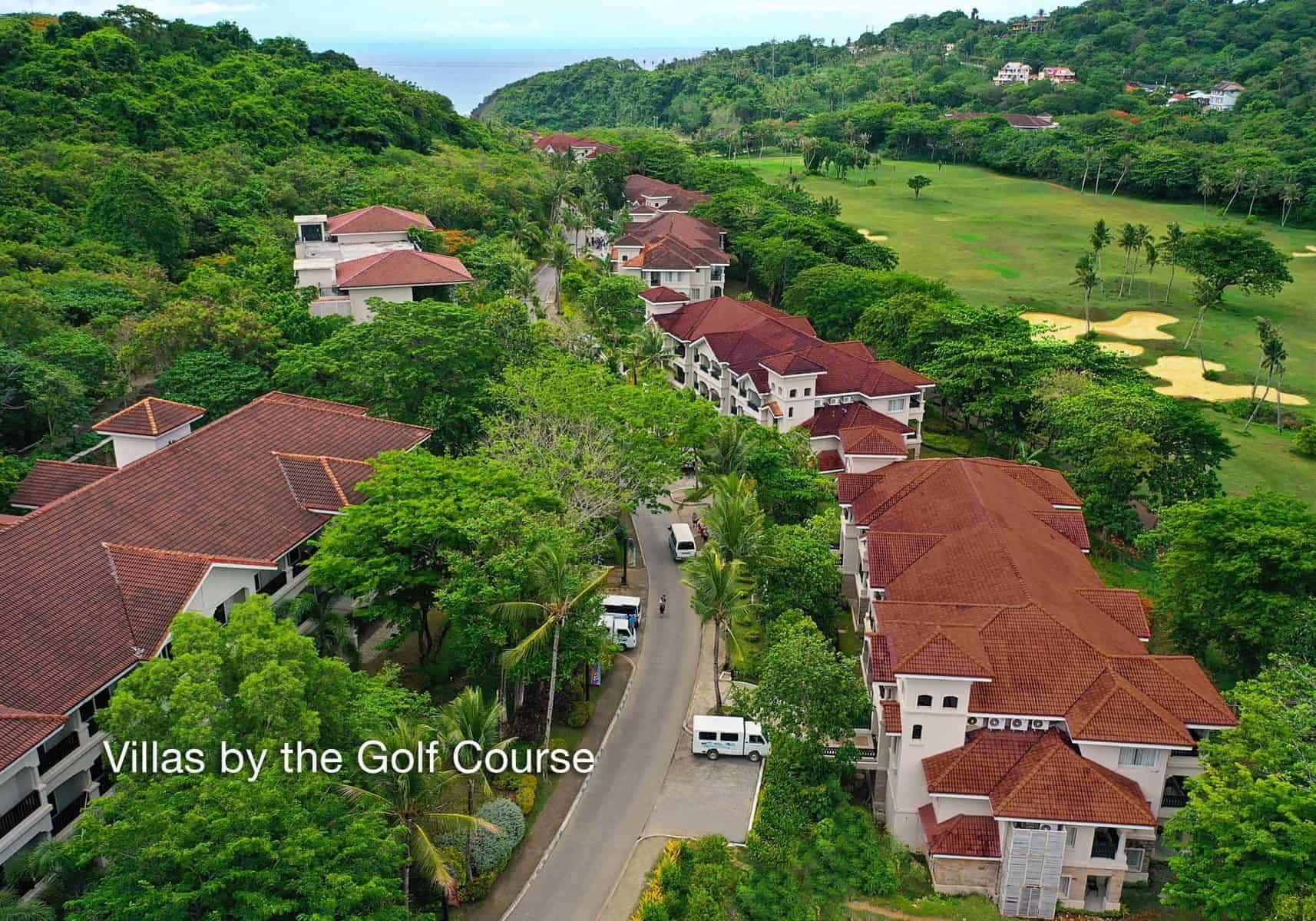 Boracay, Bluewater golf course and resort