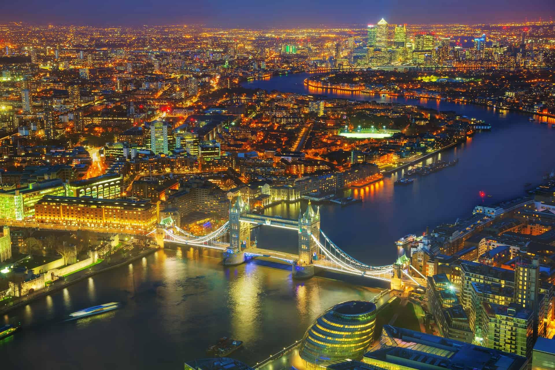 Storbritannien London city og Tower bridge