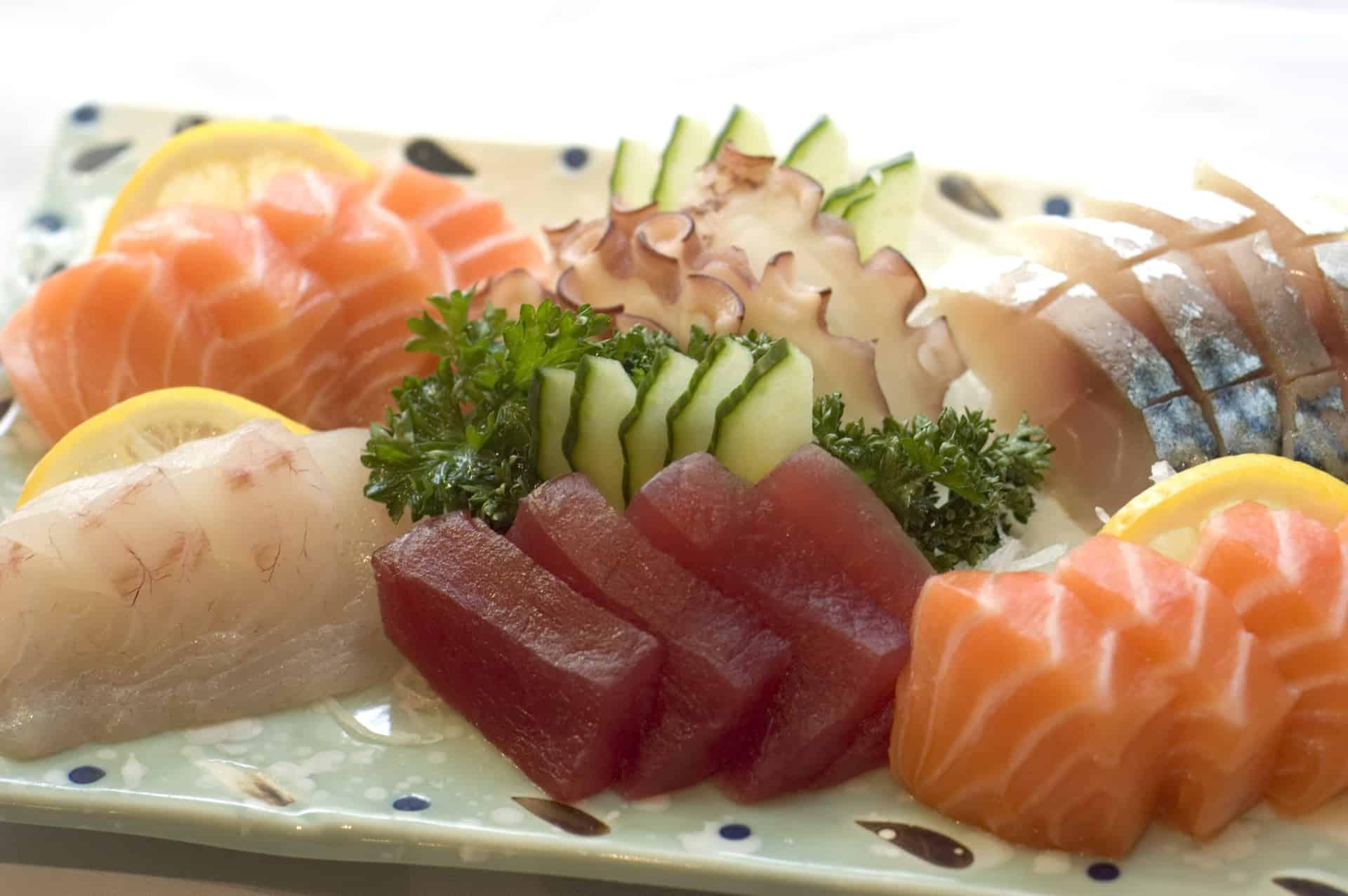 Sashimi, tun og laks, klassisk japansk ret