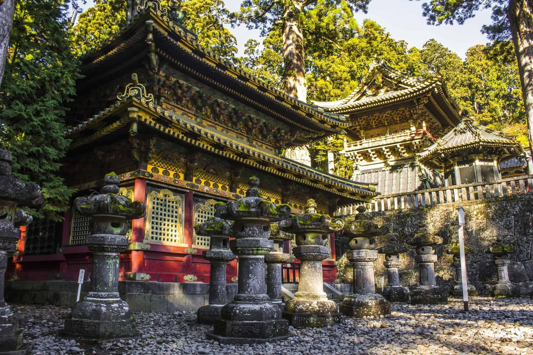 Tosho-gu, en Shinto-helligdom dedikeret til Tokugawa Ieyasu, grundlæggeren af Tokugawa-shogunatet, der ligger i Nikko, Japan. Et verdensarvssted siden 1999