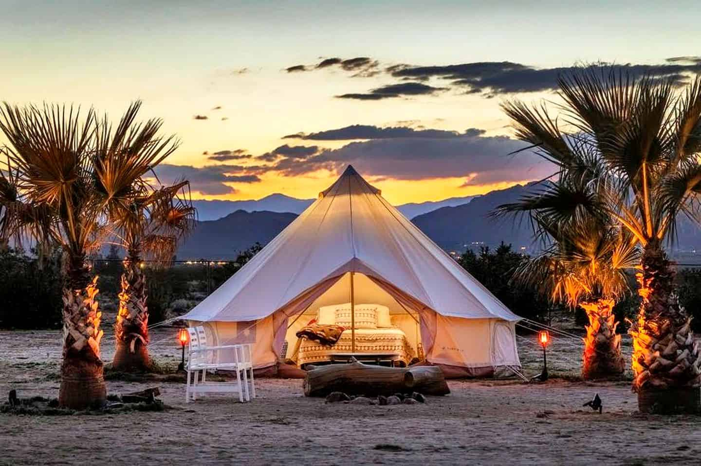 Glamping. Joshua Tree accommodation is perfect for glamping in California. Luxury camping is the ideal way to reconnect with the outdoors.