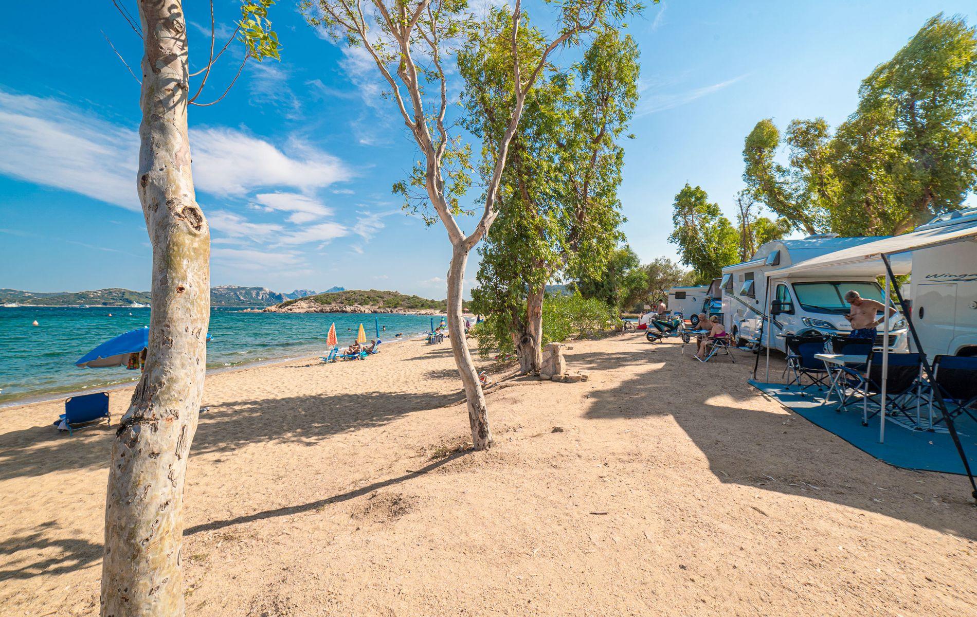 Insuledda, stranden. Sardinien, Vacanseselect