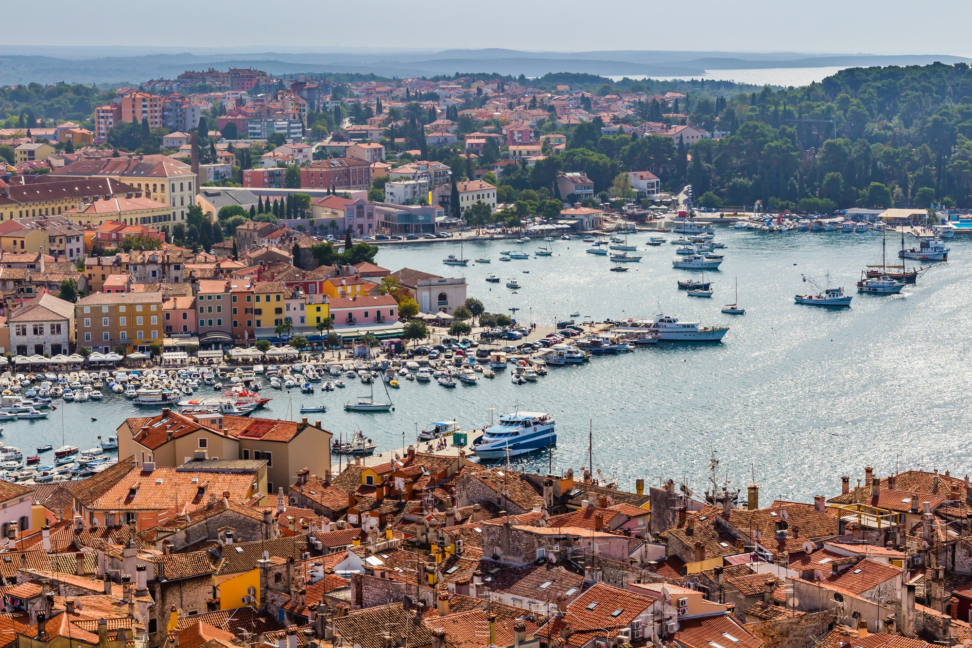 Istrien, Aerial shoot of Old town Rovinj, Glamping med Vacanceselect